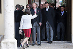 Spanish King Juan Carlos (C) and Spanish Queen Sofia (R) before a ceremony to present Poniatowska the 2013 Cervantes Prize Literature prize at Alcala University in Madrid, Spain. April 23, 2014. (ALTERPHOTOS/Victor Blanco)