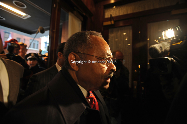 Senator Roland Burris enters Maggiano's restaurant for a City Club of Chicago luncheon in Chicago, Illinois on February 18, 2009.  Burris admitted in Peoria, Illinois on February 16 to trying unsuccessfully to raise campaign funds for impeached former Illinois Governor Rod Blagojevich while seeking a Senate appointment.