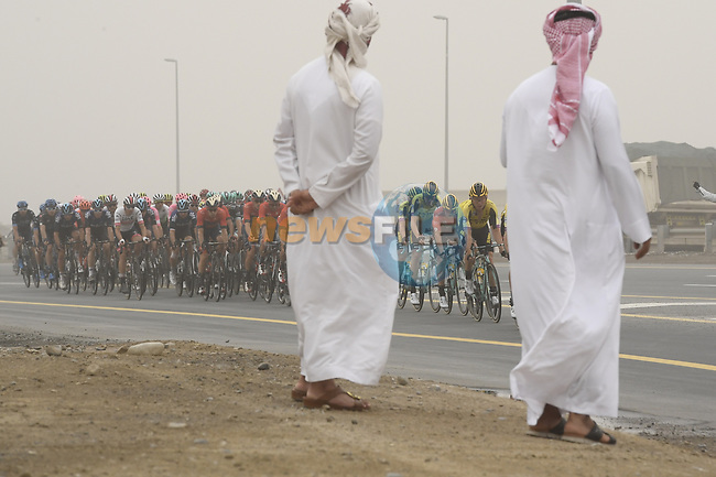 The peloton with Team Jumbo-Visma on the front during Stage 6 of the 2019 UAE Tour, running 175km form Ajman to Jebel Jais, Dubai, United Arab Emirates. 1st March 2019.<br /> Picture: LaPresse/Fabio Ferrari | Cyclefile<br /> <br /> <br /> All photos usage must carry mandatory copyright credit (© Cyclefile | LaPresse/Fabio Ferrari)