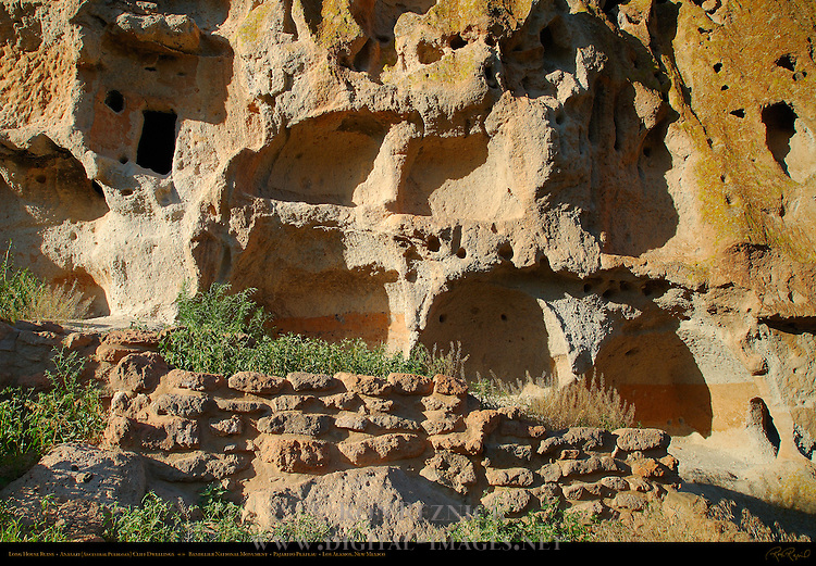 Long House Ruins, Anasazi Ancestral Puebloan Cliff Dwellings, Bandelier National Monument, Frijoles Canyon, Pajarito Plateau, Los Alamos, New Mexico