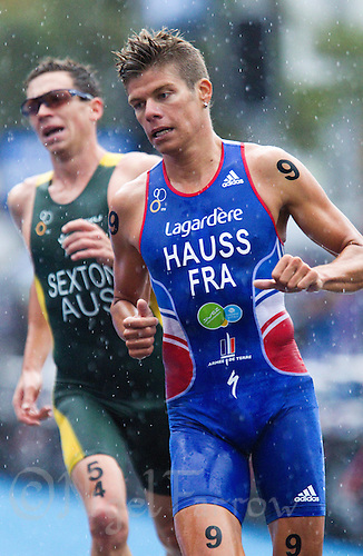 10 APR 2011 - SYDNEY, AUS - David Hauss - men's ITU World Championship Series triathlon in Sydney, Australia .(PHOTO (C) NIGEL FARROW)