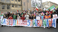 Roma, 12 Marzo 2011.Costituzione Day, manifestazione in difesa della scuola pubblica e della Costituzione della Repubblica italiana.Bambini con orecchie d'asino...Rome, 12 March 2011.Constitution Day, an event in defense of public schools and the Constitution of the Italian Republic
