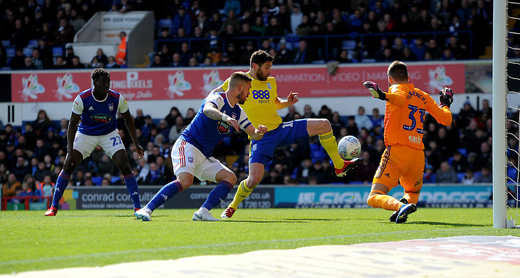 Birmingham City's Lukas Jutkiewicz scores his side's first goal  <br /> <br /> Photographer Hannah Fountain/CameraSport<br /> <br /> The EFL Sky Bet Championship - Ipswich Town v Birmingham City - Saturday 13th April 2019 - Portman Road - Ipswich<br /> <br /> World Copyright © 2019 CameraSport. All rights reserved. 43 Linden Ave. Countesthorpe. Leicester. England. LE8 5PG - Tel: +44 (0) 116 277 4147 - admin@camerasport.com - www.camerasport.com
