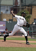 July 29, 2004:  Pitcher Mark Woodyard of the Erie Seawolves, Eastern League (AA) affiliate of the Detroit Tigers, during a game at Jerry Uht Park in Erie, PA.  Photo by:  Mike Janes/Four Seam Images
