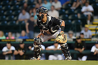 Jupiter Hammerheads catcher Chris Hoo (8) waits for a throw at home during a game against the Bradenton Marauders on April 18, 2015 at McKechnie Field in Bradenton, Florida.  Bradenton defeated Jupiter 4-1.  (Mike Janes/Four Seam Images)