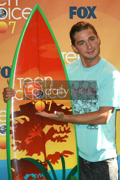 Shia LaBeouf<br />in the press room of the 2007 Teen Choice Awards. Gibson Amphitheater, Universal City, CA. 08-26-07<br />Dave Edwards/DailyCeleb.com 818-249-4998