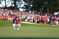 Jordan Spieth (Team USA) on the 16th green during Saturday afternoon Fourball at the Ryder Cup, Hazeltine National Golf Club, Chaska, Minnesota, USA.  02/10/2016<br /> Picture: Golffile | Fran Caffrey<br /> <br /> <br /> All photo usage must carry mandatory copyright credit (&copy; Golffile | Fran Caffrey)
