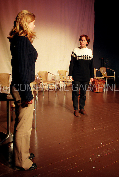 """Theatre company De Reynaertghesellen playing """"Fanny"""" from Marcel Pagnol directed by Dirk De Lathauwer (Belgium, 01/02/2001)"""
