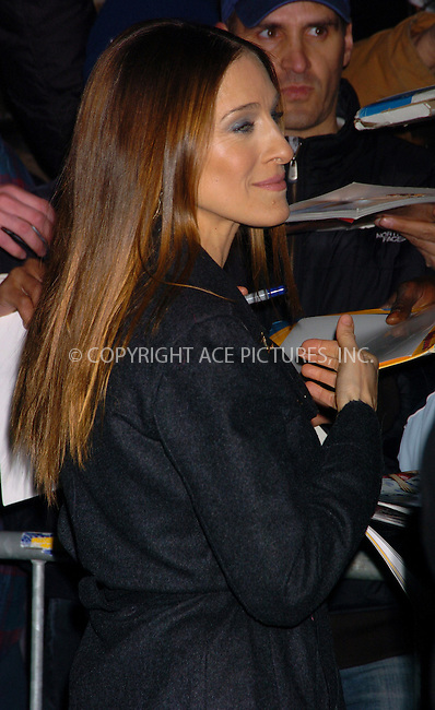 WWW.ACEPIXS.COM . . . . .  ....NEW YORK, MARCH 1, 2006....Sarah Jessica Parker makes a guest appearance at The Late Show with David Letterman.....Please byline: AJ Sokalner - ACEPIXS.COM.... *** ***..Ace Pictures, Inc:  ..Philip Vaughan (212) 243-8787 or (646) 769 0430..e-mail: info@acepixs.com..web: http://www.acepixs.com
