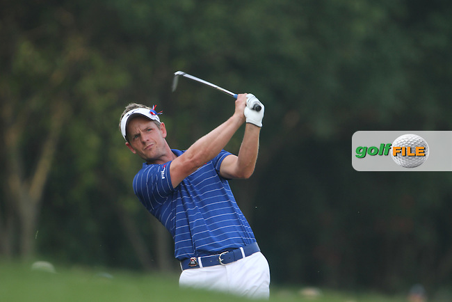 Luke Donald (ENG) on the 18th on Day 2 of the 2012 HSBC Champions, Mission Hills Golf Club, Shenzhen, China. 2/11/12..(Photo www.golffile.ie)
