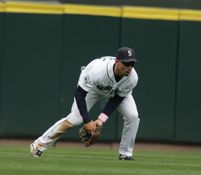 13 May 2007: Seattle Mariners #28 Raul Ibanez Seattle Mariners vs New York Yankees at Safeco Park in Seattle, Washington.