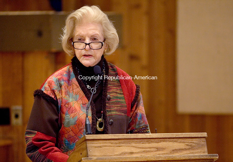 SOUTHBURY CT. 24 February 2015-022515SV01-Fran Owen of Heritage Village in Southbury testifies during a Public Utilities Regulatory Authority hearing at the Village in Southbury Wednesday. The authority is proposing a rate increase that the water company wants to put on users. <br /> Steven Valenti Republican-American