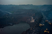 Overview of an open cast mine, Ghanudih in Jharia, outside of Dhanbad in Jharkhand, India.  Photo: Sanjit Das/Panos