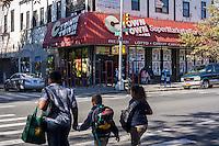 A supermarket in the Melrose neighborhood of the Bronx in New York on Thursday, September 19, 2013. (© Richard B. levine)