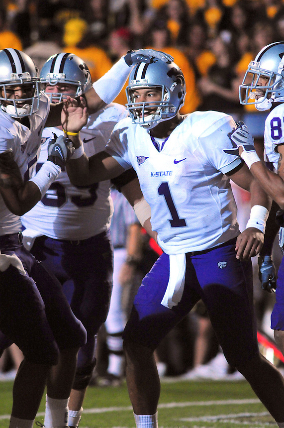 18 October 08: Kansas State quarterback Josh Freeman celebrates a rushing touchdown with teammates. The Colorado Buffaloes defeated the Kansas State Wildcats 14-13 at Folsom Field in Boulder, Colorado.