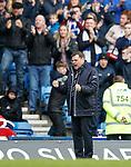 22.04.2018 Rangers v Hearts: Graeme Murty celebrates as Daniel Candeias scores