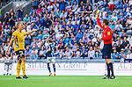 Stockholm 2014-07-07 Fotboll Allsvenskan Djurg&aring;rdens IF - IF Elfsborg :  <br /> Elfsborgs Per Frick f&aring;r ett gult kort och varning av domare Markus Str&ouml;mbergsson <br /> (Foto: Kenta J&ouml;nsson) Nyckelord:  Djurg&aring;rden DIF Tele2 Arena Elfsborg IFE varning gult kort