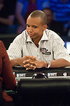 Phil Ivey reacts to his hand not improving and is eliminated in 5th. place.