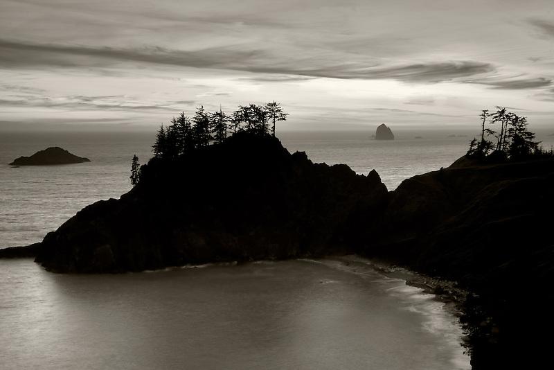 Sunset. Samuel H. Boardman State Scenic Corridor. Oregon