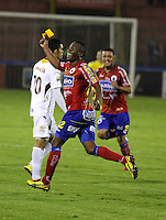 PASTO - COLOMBIA - 03-07-2013: Jugadores del Deportivo Pasto celebran el gol anotado durante el partido en el estadio Libertad de la ciudad de Pasto, julio 3 de 2013. Deportivo Pasto y Deportes Tolima durante partido por la quinta fecha de las semifinales de la Liga Postobon I. (Foto: VizzorImage / Leonardo Castro / Str).  The Players of Deportivo Pasto celebrate a goal scoredduring a game in the Libertad Stadium in Pasto city, June 30, 2013. Deportivo Pasto y Deportes Tolima in a match for the fifth round of the semifinals of the Postobon I League. (Photo: VizzorImage / Leonardo Castro / Str).