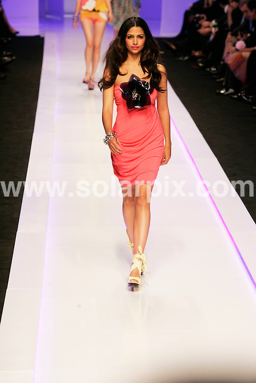 **ALL ROUND PICTURES FROM SOLARPIX.COM**.**WORLDWIDE SYNDICATION RIGHTS**NO PUBLICATION IN SPAIN**.The Top Brazilian model Camila Alves fiance of Matthew McConaughey on the Mango catwalk in Barcelona in Spain...JOB REF:7887- MER       DATE:13-11-08.**MUST CREDIT SOLARPIX.COM OR DOUBLE FEE WILL BE CHARGED* *UNDER NO CIRCUMSTANCES IS THIS IMAGE TO BE REPRODUCED FOR ANY ONLINE EDITION WITHOUT PRIOR PERMISSION*