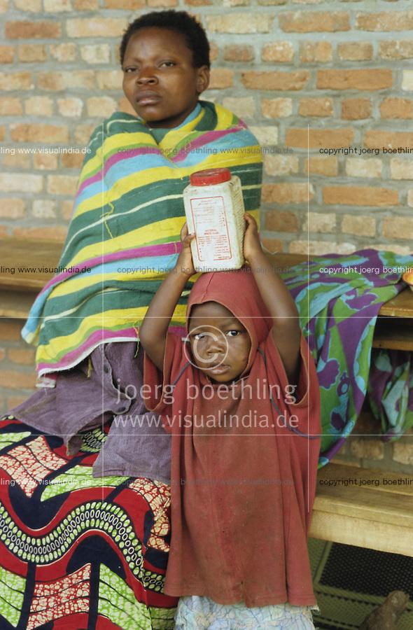 "Afrika Burundi Bujumbura.Tutsi Flüchtlinge in einem Flüchtlingslager der Organisation Ärzte ohne Grenzen - Hunger Not Kind Kinder Frauen Frau Flucht Flüchtling Bürgerkrieg Krieg Völkermord Genozid Mord Hutus Tutsis Ethnien ethnischer Konflikt Tod Afrikaner afrikanisch xagndaz | .africa Burundi Bujumbura.Tutsi refugees in refugee camp - child children emergency Hunger women woman civil war genocide ethnic conflict african | .[copyright  (c) Joerg Boethling / agenda , Veroeffentlichung nur gegen Honorar und Belegexemplar / royalties to:  agenda PG , Bank: Hamburger Sparkasse , BLZ 200 505 50 , kto. 1281 120 178  IBAN: DE96 2005 0550 1281 1201 78 BIC: ""HASPDEHH"", address: agenda  Rothestr. 66  D-22765 Hamburg  ph. ++49 40 391 907 14   e-mail: boethling@agenda-fototext.de  www.agenda-fototext.de ] [#0,26,121#]"