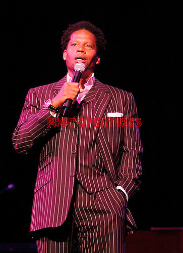 DL Hughley at Don Felder and friends Rock Cerritos for Katrina at Cerritos Center For The Performing Arts, February 1st 2006...Photo by Chris Walter/Photofeatures