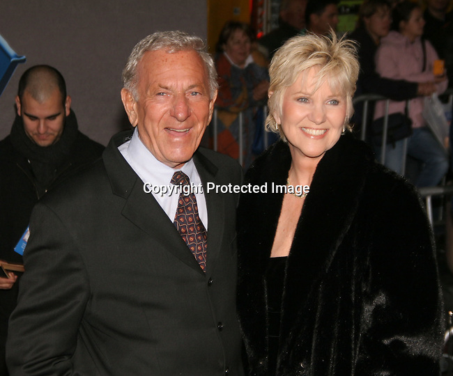 Jack Klugman &amp; wife  Peggy Crosby<br />