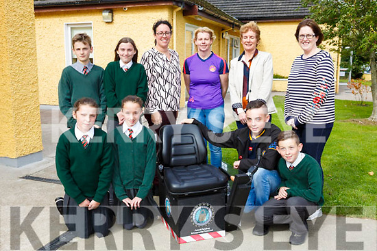 Firies National School. past pupil Jack Nagel was the youngest person to win  an award at the national ploughing Championships. Pictured front l-r  Marie O'Sullivan, Diran O'Shea, Jack Nagel, Ryan Nagel Back l-r Luke Costello Liosha O'Connor, Fiona Fitzgerald Irene Nagel, Catherine Mulligan and Tracy O Leary