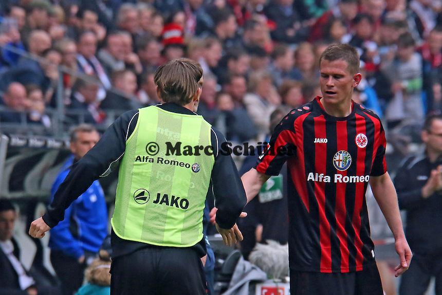 Alexander Madlung mit Alex Meier (Eintracht) - Eintracht Frankfurt vs. 1. FSV Mainz 05