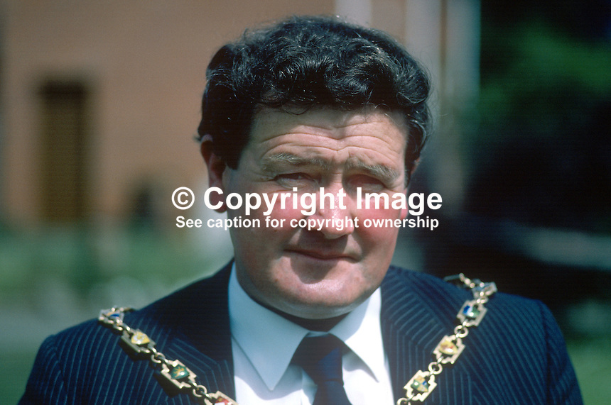 George Savage, Mayor of Craigavon, Official Unionist, 19850804GS1..Copyright Image from Victor Patterson, 54 Dorchester Park, Belfast, UK, BT9 6RJ..Tel: +44 28 9066 1296.Mob: +44 7802 353836.Voicemail +44 20 8816 7153.Skype: victorpattersonbelfast.Email: victorpatterson@me.com.Email: victorpatterson@ireland.com (back-up)..IMPORTANT: If you wish to use this image or any other of my images please go to www.victorpatterson.com and click on the Terms & Conditions. Then contact me by email or phone with the reference number(s) of the image(s) concerned.