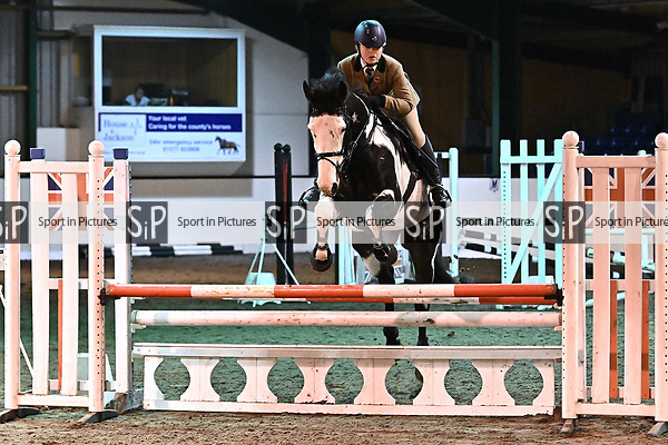 Stapleford Abbotts. United Kingdom. 24 November 2019. Class 9. Unaffiliated showjumping. Brook Farm training centre. Stapleford Abbotts. Essex. UK. Credit Garry Bowden/Sport in Pictures.~ 24/11/2019.  MANDATORY Credit Garry Bowden/SIP photo agency - NO UNAUTHORISED USE - 07837 394578