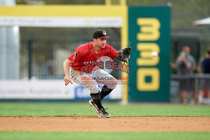 Erie SeaWolves second baseman Will Maddox (31) fields a ground ball during a game against the Binghamton Rumble Ponies on May 14, 2018 at NYSEG Stadium in Binghamton, New York.  Binghamton defeated Erie 6-5.  (Mike Janes/Four Seam Images)