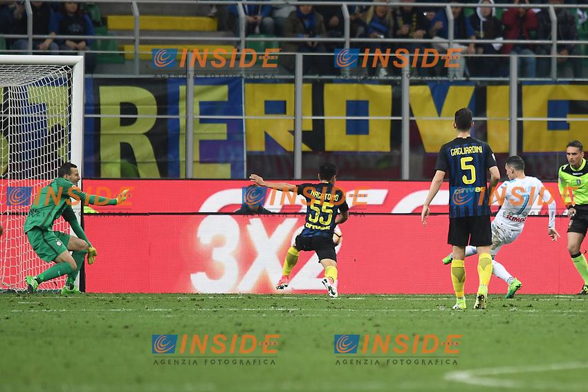 gol Jose' Maria Callejon Napoli Goal celebration <br /> Milano 30-04-2017 Stadio Giuseooe Meazza Football Calcio Serie A 2016/2017 Inter - Napoli <br /> foto Image Sport/Insidefoto