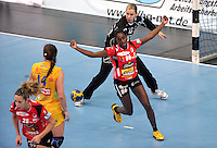 EHF Champions League Handball Damen / Frauen / Women - HC Leipzig HCL : SD Itxako Estella (spain) - Arena Leipzig - Gruppenphase Champions League - im Bild: HCL Keeperin Katja Schülke - Jubel bei Itxako. Gegentor.  Foto: Norman Rembarz .