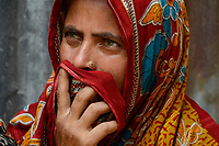 BANGLADESH,  District Tangail, Kalihati, portraiture of woman in Sari / BANGLADESCH, Distrikt Tangail, Kalihati, Portraet einer Frau im Sari