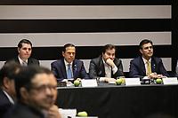 SÃO PAULO, SP, 08.11.2019 - POLITICA-SP - João Doria, Governador de São Paulo, e Rodrigo Maia, Presidente da Câmara dos Deputados, durante anúncio da proposta do novo sistema de previdência dos servidores públicos do Estado de São Paulo, no Palácio dos Bandeirantes, em São Paulo, nesta sexta-feira, 8. (Foto Charles Sholl/Brazil Photo Press/Folhapress)