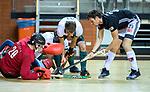 Almere - Zaalhockey  Amsterdam-Rotterdam (m)  . /Wiegert Schut (Adam) met Timo Goor (R'dam)  TopsportCentrum Almere.    COPYRIGHT KOEN SUYK