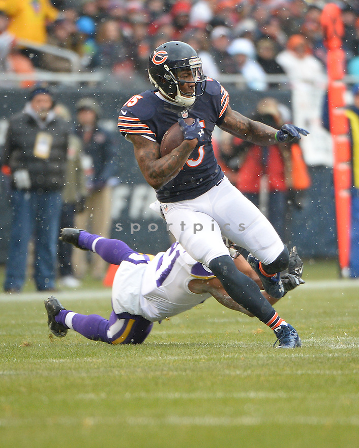 Chicago Bears Brandon Marshall (15) during a game against the Minnesota Vikings on November 16, 2014 at Soldier Field in Chicago, IL. The Bears beat the Vikings 21-13.