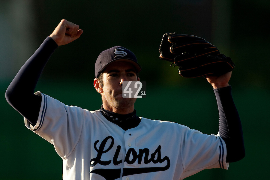 10 october 2009: Pierrick Le Mestre of Savigny celebrates the victory during game 3 of the 2009 French Elite Finals won 4-2 by Lions of Savigny over Huskies of Rouen, at Stade Jean Moulin stadium in Savigny sur Orge, near Paris, France.