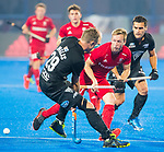 BHUBANESWAR - Barry Middleton (Eng)  and Hugo Inglis (NZL) .England-New Zealand (2-0)   during Wold Cup Hockey men. COPYRIGHT KOEN SUYK