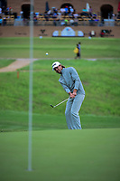 Aaron Baddeley (AUS) chips on to 16 during round 3 of the Valero Texas Open, AT&amp;T Oaks Course, TPC San Antonio, San Antonio, Texas, USA. 4/22/2017.<br /> Picture: Golffile | Ken Murray<br /> <br /> <br /> All photo usage must carry mandatory copyright credit (&copy; Golffile | Ken Murray)