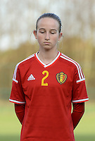 20151128 - Tubize , Belgium : Belgian Sari Kees pictured during the female soccer match between Women under 16 teams of  Belgium and Germany , in Tubize . Saturday 28th November 2015 . PHOTO DIRK VUYLSTEKE