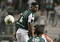 PALMIRA - COLOMBIA, 17-04-2019: Danny Rosero Valencia del Cali en acción durante el partido por la fecha 16 de la Liga Águila I 2019 entre Deportivo Cali y Atlético Junior jugado en el estadio Deportivo Cali de la ciudad de Palmira. / Danny Rosero Valencia of Cali in action during match for the date 16 between Deportivo Cali and Atletico Junior of the Aguila League I 2019 played at Deportivo Cali stadium in Palmira city .  Photo: VizzorImage / Gabriel Aponte / Staff