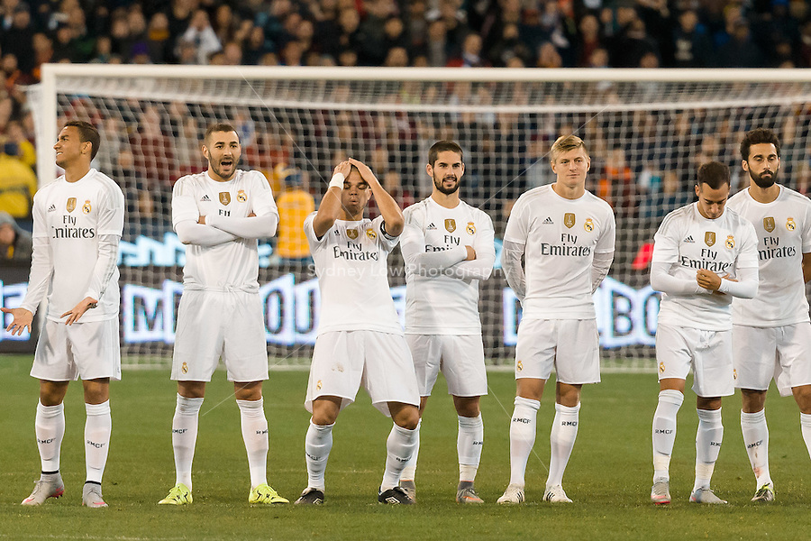 Melbourne, 18 July 2015 - Real Madrid players react during the penalty shoot out in game one of the International Champions Cup match at the Melbourne Cricket Ground, Australia. Roma def Real Madrid 7-6 Penalties. Photo Sydney Low/AsteriskImages.com