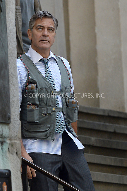 WWW.ACEPIXS.COM<br /> April 12, 2015 New York City<br /> <br /> George Clooney on the film set of 'Money Monster' in the Financial District of Manhattan on April 12, 2015 in New York City. <br /> <br /> By Line: Kristin Callahan/ACE Pictures<br /> ACE Pictures, Inc.<br /> tel: 646 769 0430<br /> Email: info@acepixs.com<br /> www.acepixs.com