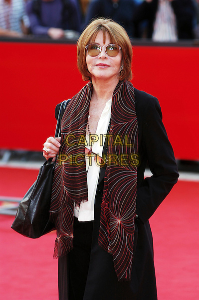 LEE GRANT.The Actors Studio red carpet at the Rome Film Festival, Rome, Itlay..October 18th, 2006.Ref: CAV.half length glasses pattern scarf black.www.capitalpictures.com.sales@capitalpictures.com.©Luca Cavallari/Capital Pictures.
