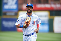 South Bend Cubs right fielder Jonathan Sierra (32) jogs off the field between innings of a Midwest League game against the Cedar Rapids Kernels at Four Winds Field on May 8, 2019 in South Bend, Indiana. South Bend defeated Cedar Rapids 2-1. (Zachary Lucy/Four Seam Images)
