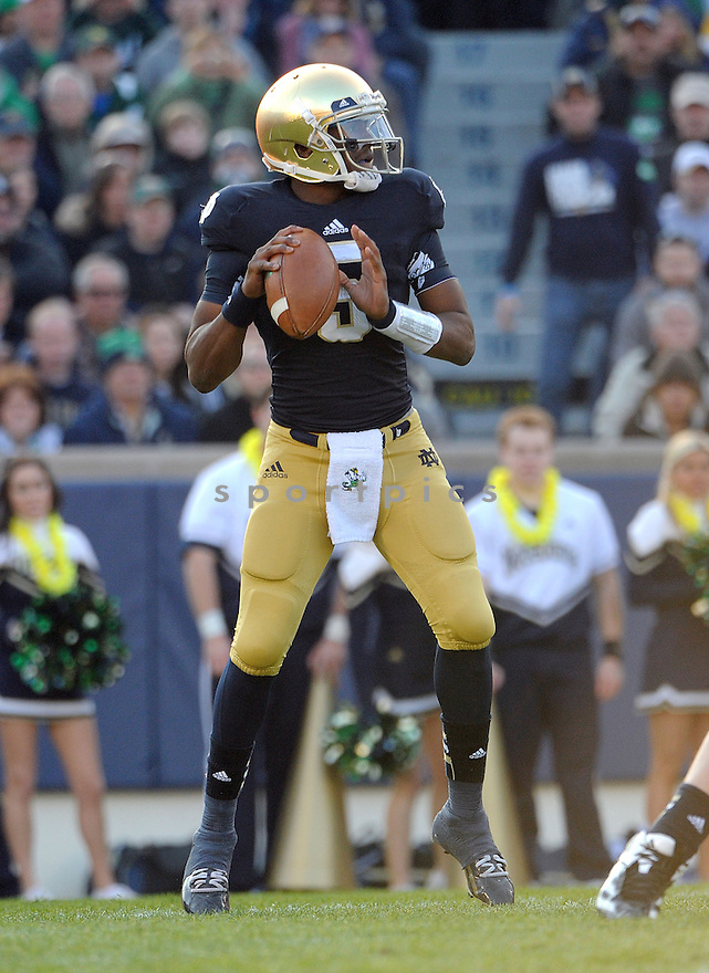 Notre Dame Fighting Irish Everett Golson (5) in action during a game against Wake Forest on November 17, 2012 at Notre Dame Stadium in South Bend, IN. Notre Dame beat Wake Forest 38-0.