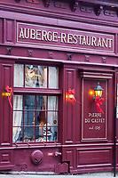 Amérique/Amérique du Nord/Canada/Québec/Montréal:<br /> Hôtel-Restaurant: dans la Maison Pierre du Calvet , rue Bonsecours, Vieux-Montréal,  et Rue Saint-Paul
